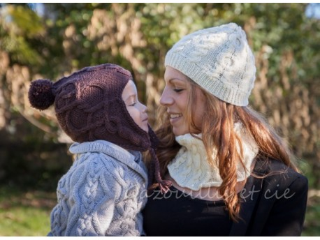 Kit prêt à tricoter- Bonnet pour enfant- Chocolat -Vos doigts ont la parole
