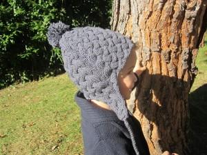 Bonnet péruvien Ardoise à tricoter en point de torsades
