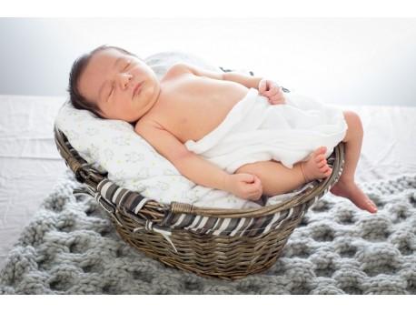 couverture pour bébé_ en point de tricot nid d'abeille_