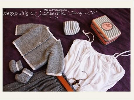 Ensemble-en-lainage-pour-nourrisson-classique-chic